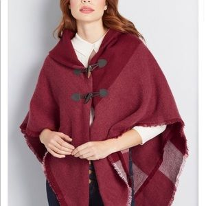 ModCloth Women's Burgundy A Cozy Offering Poncho